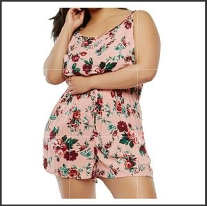 Pants - Plus size floral print romper